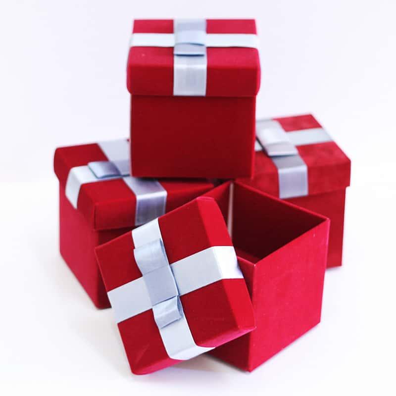 Купить подарочные коробки оптом по цене от 6,9 руб и
