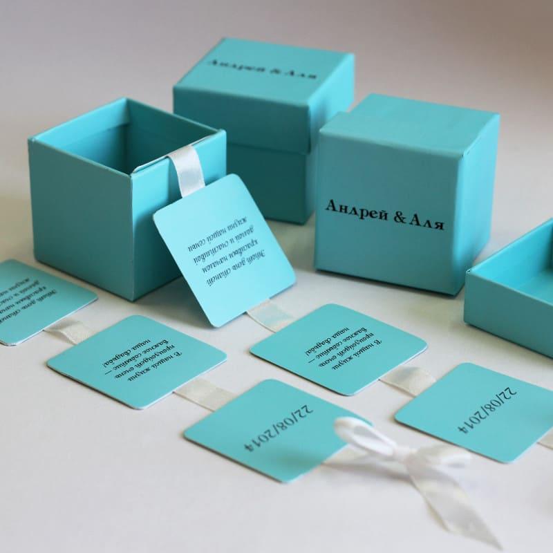 Каталог » Коробки для цветов Коробки с логотипом 77